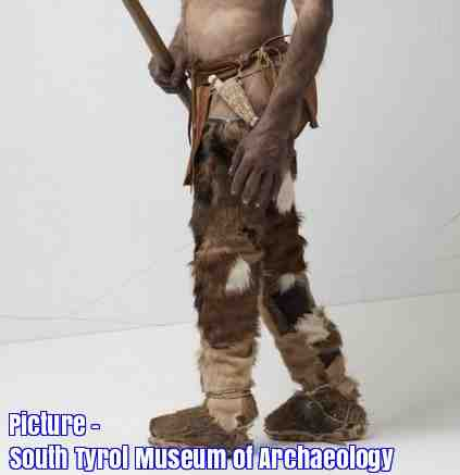 Free 2-page printable mini-lesson on what scientists think the 5,300-year-old Iceman wore.
