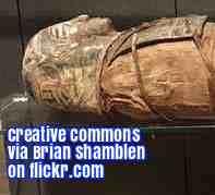 An ESL lesson on Mummies  - New mummies found near Luxor, Egypt